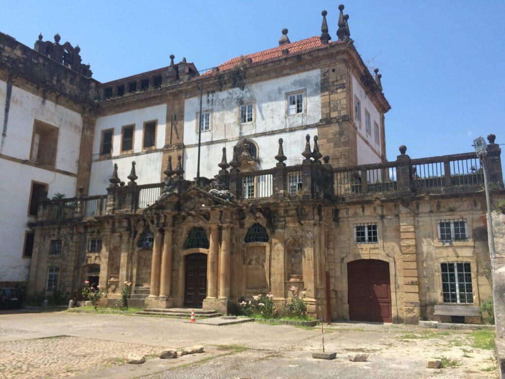 couvent-santa-clara-a-nova-visitercoimbra-portugal-tourisme