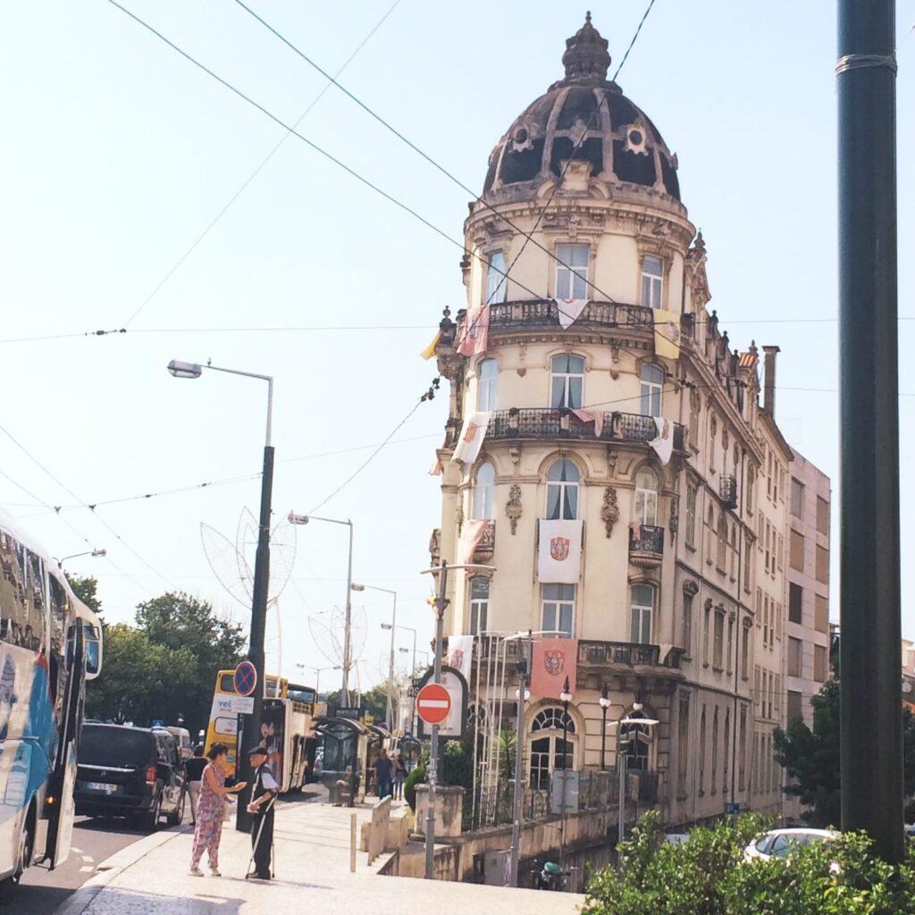 largodaportagem-hotel-astoria-visitercoimbra-portugal-tourisme