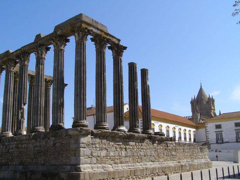 visiter-region-de-evora-portugal-ruines-raoman-temples