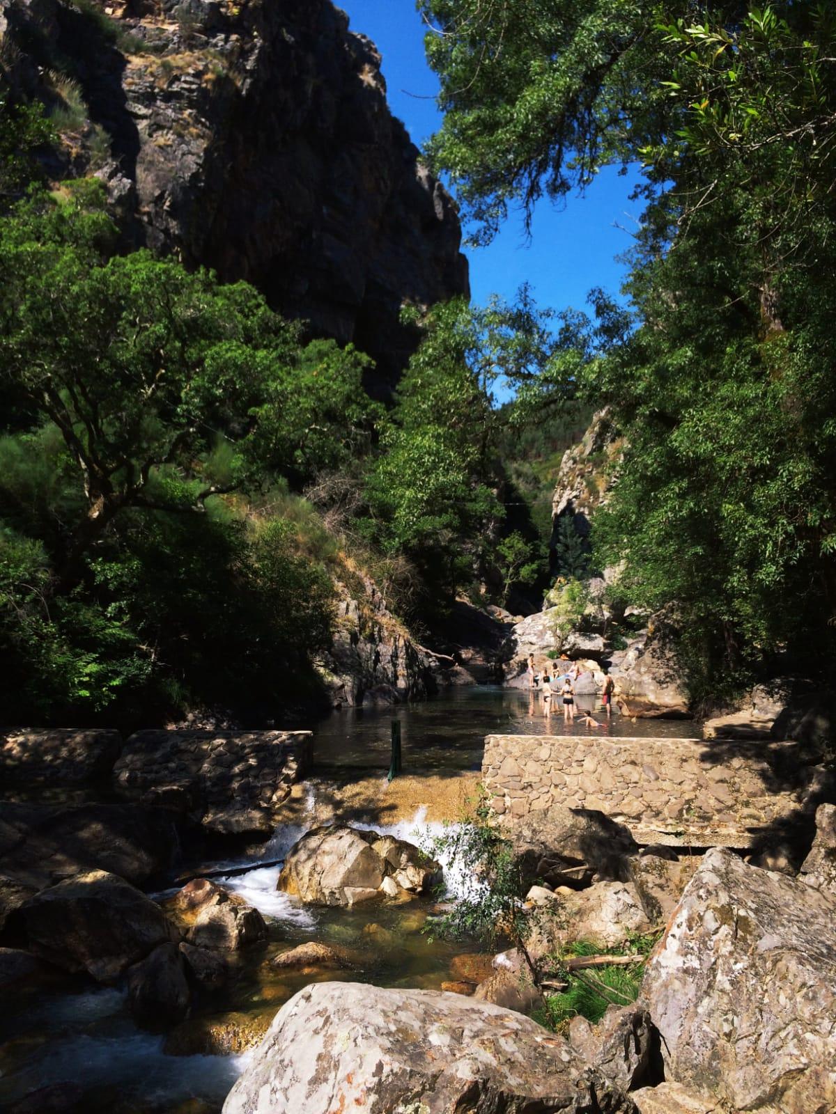 visiterfigueirodosvinhos-fragasdesao simão-portugal-tourisme1