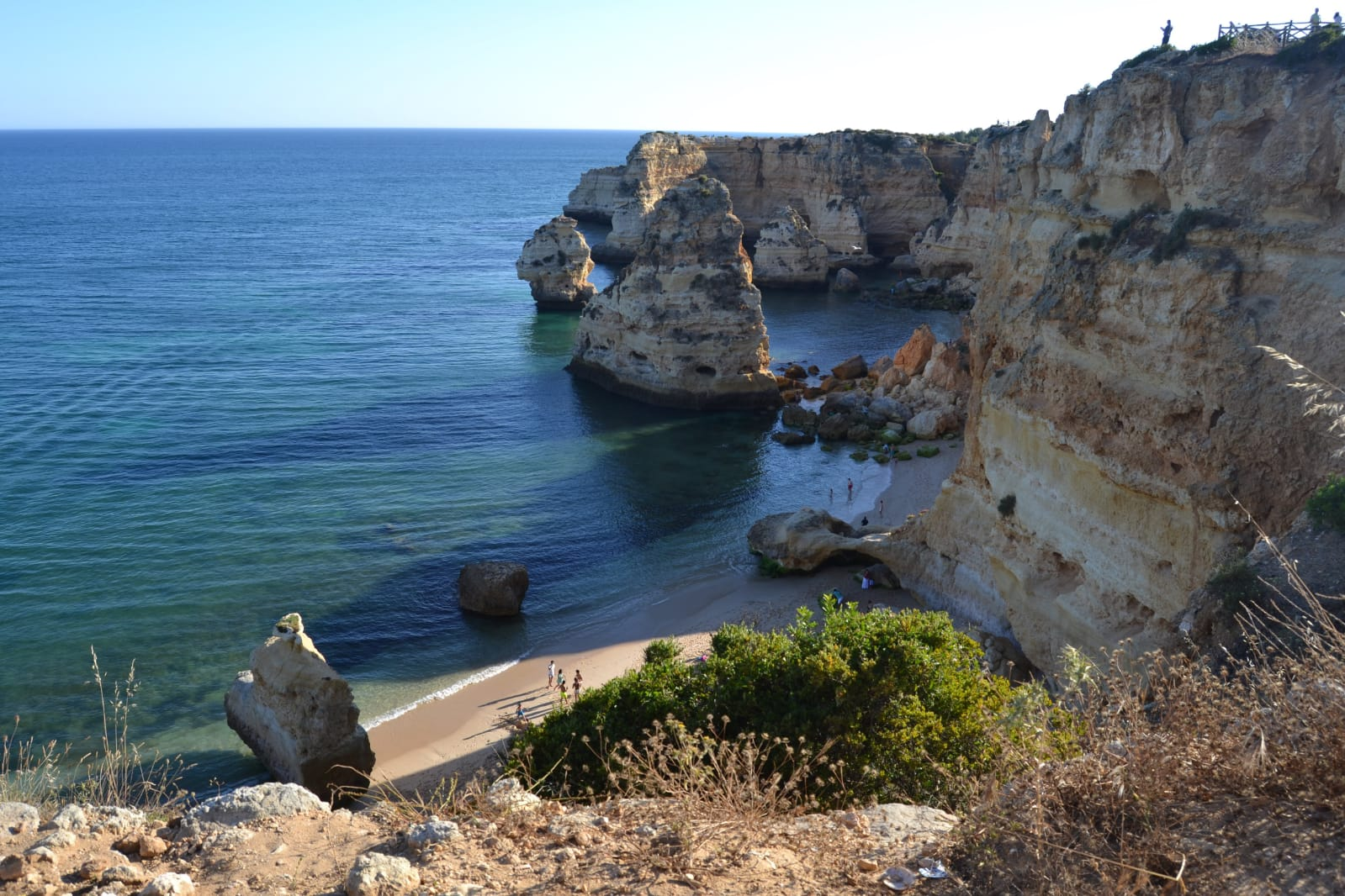 visiter-portima-algarve-portugal-plages-falaise-portugal-tourisme