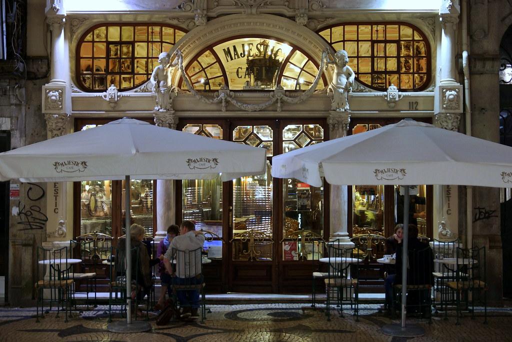 visiter-restaurant-bar-cafe-majestic-porto-portugal-tourisme