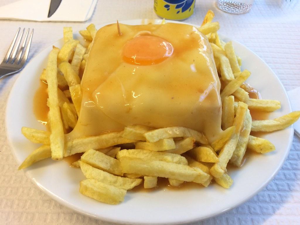 visiter-restaurant-bar-cafe-majestic-sandwich-francesinha-porto-portugal-tourisme